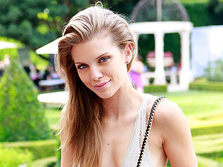 AnnaLynne McCord's Pampered Pedicure in Beverly Hills | AnnaLynne McCord