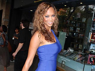 Tyra Banks Schools Twitter Followers in Having Fun in Boston | Tyra Banks