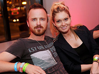 Aaron Paul & Fiancée Mellow Out in San
