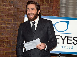 Jake Gyllenhaal Honored By Charity in N.Y.C. | Jake Gyllenhaal