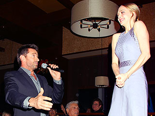 Hugh Jackman Serenades Amanda Seyfried in N.Y.C. |