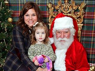 90210 Stars Reunite at Santa's Workshop in L.A. | Tiffani Thiessen