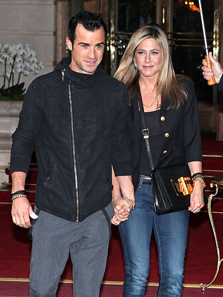 FRENCH CONNECTION photo | Jennifer Aniston, Justin Theroux