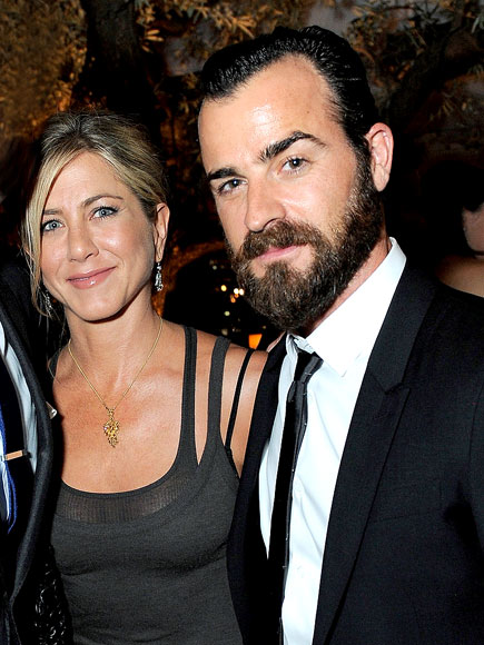 JUST FRIENDS? photo | Jennifer Aniston, Justin Theroux