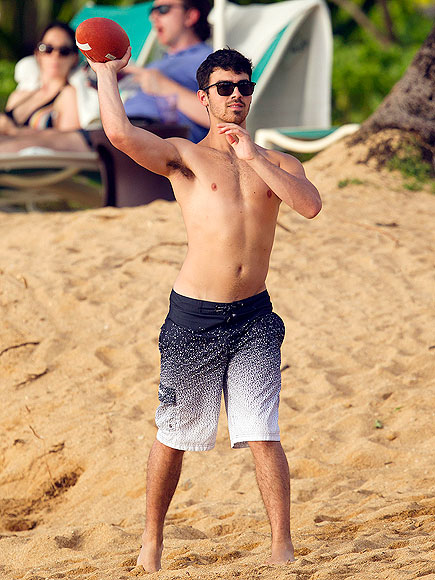 JOE JONAS photo | Joe Jonas