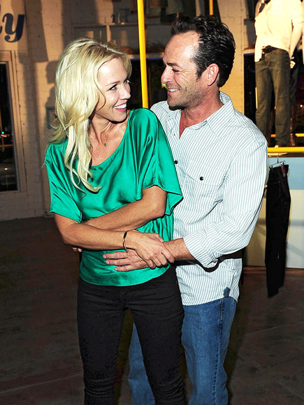  photo | Jennie Garth, Luke Perry
