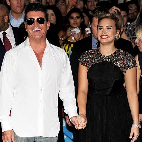 photo | Demi Lovato, Simon Cowell