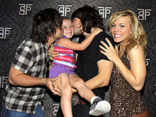 THE OTHER CHEEK  photo | The Band Perry