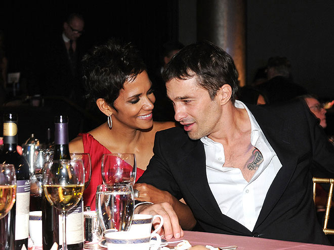 HALLE BERRY: 5 MONTHS  photo | Halle Berry