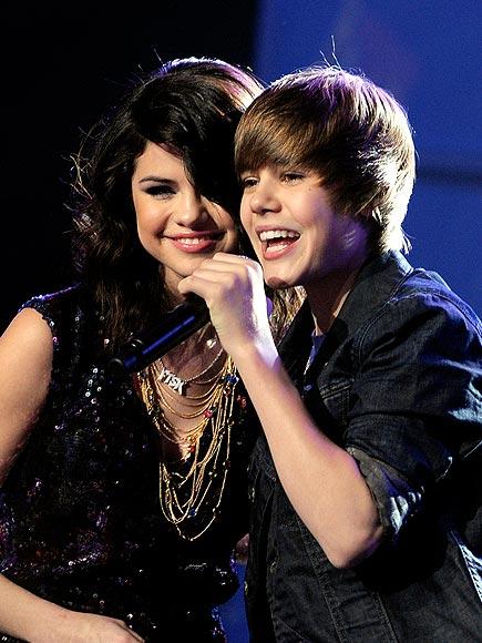 2010: SELENA & JUSTIN photo | Justin Bieber, Selena Gomez