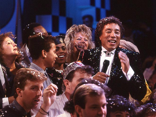 1987: SMOKEY ROBINSON photo | Smokey Robinson