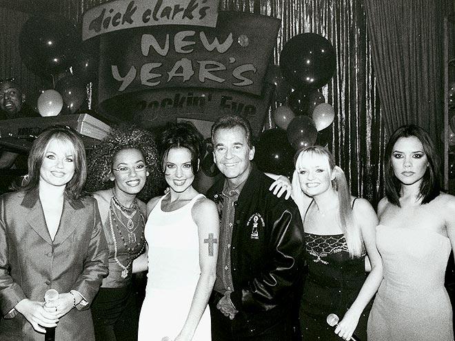 1998: SPICE GIRLS photo | Dick Clark, Emma Bunton, Geri Halliwell, Victoria Beckham