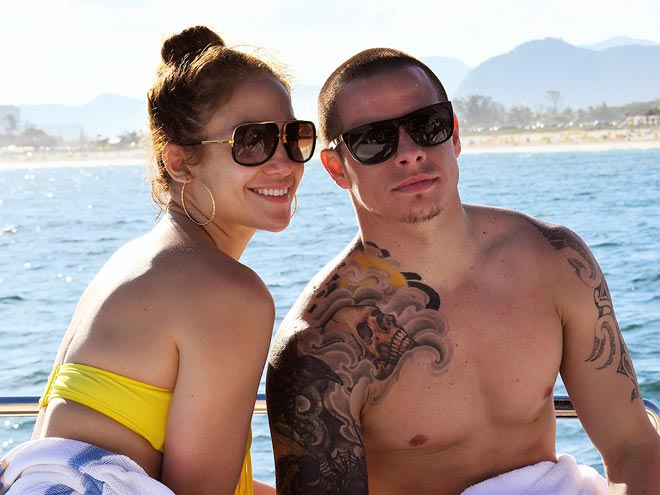 SUN MATES