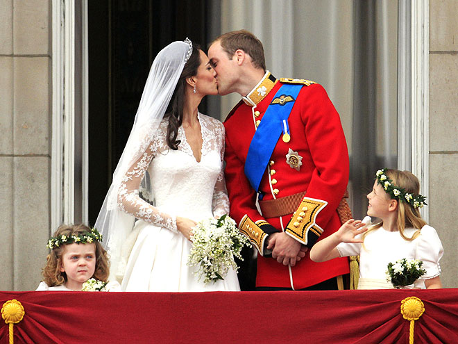 SEALED WITH A KISS photo | Kate Middleton, Prince William