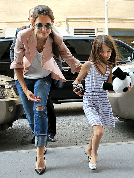 SWEET ESCAPE photo | Katie Holmes, Suri Cruise