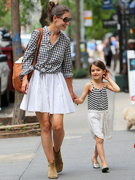 MATCHING PAIR photo | Katie Holmes, Suri Cruise