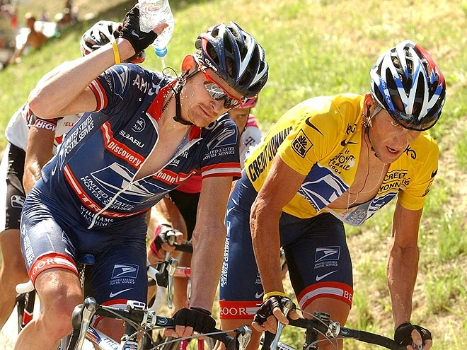 3. A BETRAYAL photo | Lance Armstrong