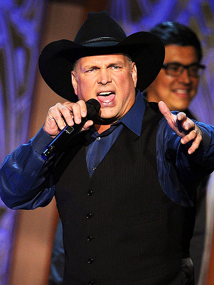 GARTH BROOKS photo | Garth Brooks