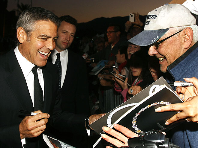 SIGNATURE CHARM