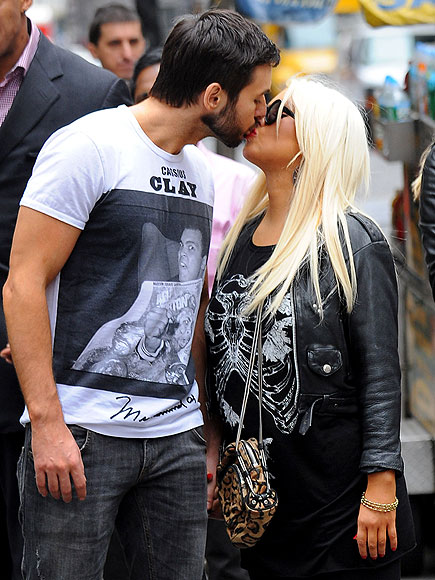 CHRISTINA & MATTHEW