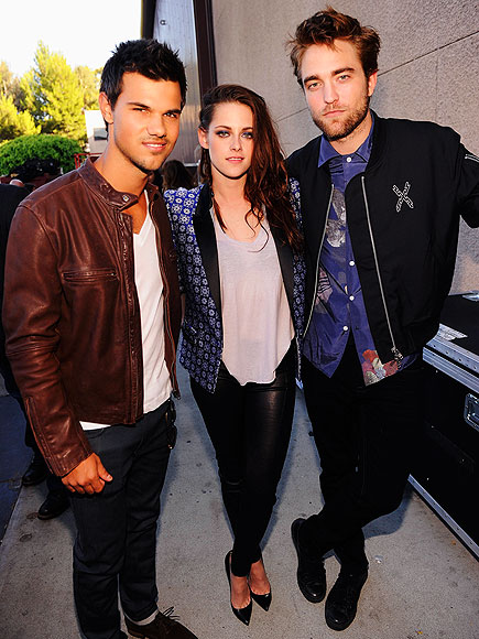 'TWI'-PLE THREAT photo | Kristen Stewart, Robert Pattinson, Taylor Lautner