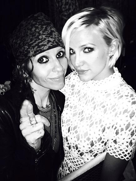 ASHLEE & LINDA