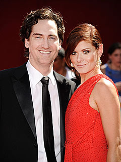 Debra Messing, Ex Pledge 'Amicable' Divorce | Debra Messing