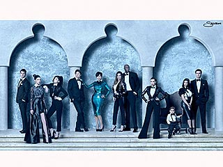 PHOTO: See the Kardashians' – 3D! – Christmas Card