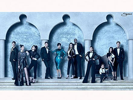 Kardashian Family Christmas Card – and Yes, It Comes in 3D!