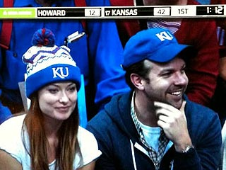 Olivia Wilde & Jason Sudeikis Cheer on the Jayhawks – Together | Jason Sudeikis, Olivia Wilde