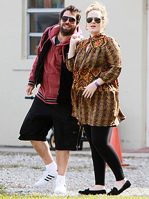 Adele's Boyfriend Simon Konecki: 5 Things