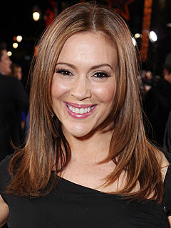 Alyssa Milano Mistresses Premiere Breastfeeding