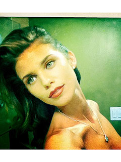 Whoops! AnnaLynne McCord (Accidentally!) Posts Topless Twitter Pic | AnnaLynne McCord