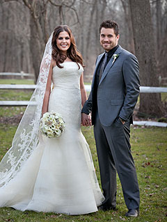 Lady Antebellum's Hillary Scott Is Married!