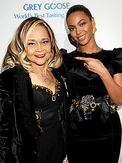 Beyonc&#233;: Death of &#39;Queen&#39; Etta James Is a &#39;Huge Loss&#39; | Beyonce Knowles, Etta James