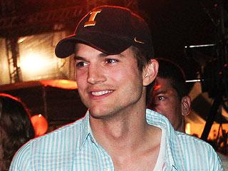 Ashton Kutcher Will Award ACM's Female Vocalist of Year Sunday | Ashton Kutcher