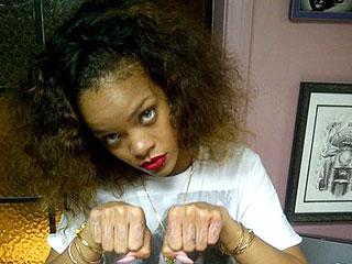 Rihanna Shows Off 'Thug Life' Tattoo on Her Knuckles | Rihanna