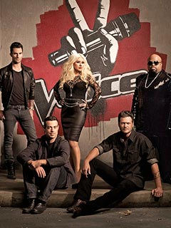 Christina Aguilera and Adam Levine Bicker on The Voice's First Live Show | Adam Levine, Blake Shelton, Carson Daly, Cee Lo, Christina Aguilera