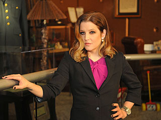Inside Lisa Marie Presley's Emotional Visit to Graceland | Lisa Marie Presley