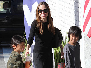 Angelina Jolie & The Kids Visit Legoland | Angelina Jolie