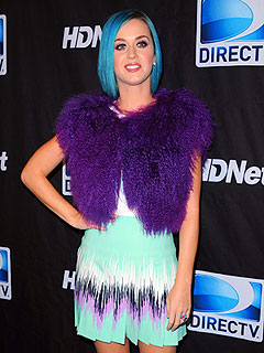 Katy Perry Dedicates 'Peacock' to Tim Tebow at Pre-Super Bowl Show | Katy Perry