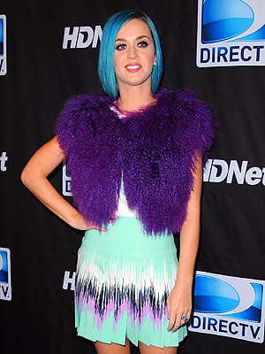 Super Bowl 2012: Katy Perry Performs, Calls Out Tim Tebow & Madonna