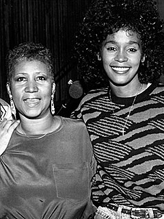 Aretha Franklin 'Jumped Up Off the Bed' after Hearing of Whitney Houston's Death | Aretha Franklin, Whitney Houston