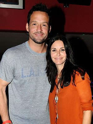 Valentines Day: Cougar Town Premiere Season 3