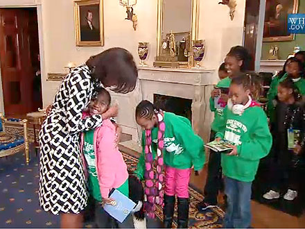Michelle Obama Surprises White House Tour Group with Hugs| Bo Obama, Pet News, Health, Good Deeds, Michelle Obama