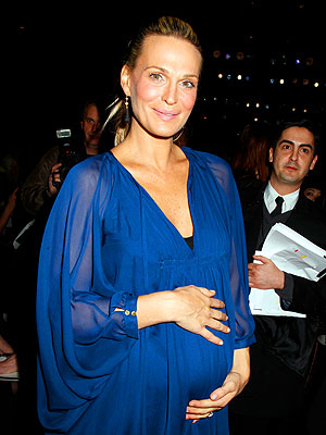 Molly Sims Shares Baby Bump at Five Months