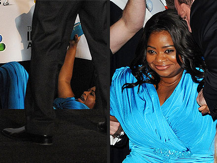 Oops! Octavia Spencer Falls Down at the NAACP Image Awards | Octavia Spencer