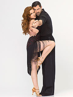 Melissa Gilbert Blogs: Injured Maksim Has to Rely on Me | Maksim Chmerkovskiy, Melissa Gilbert