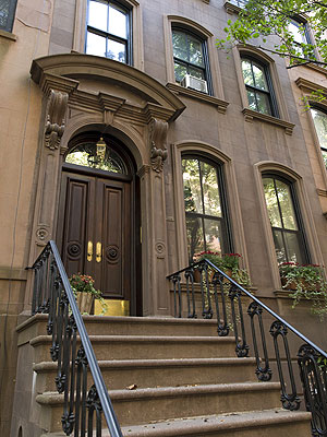 Sex and the City's Carrie Bradshaw House Sells for $9.8 Million
