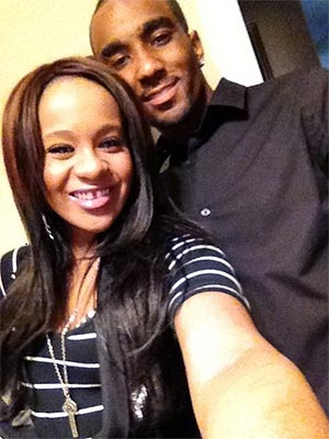 Whitney Houston's Daughter Bobbi Kristina & 'Adopted Son' Kiss in Public| Couples, Scandals & Feuds, Bobbi Kristina Brown, Whitney Houston